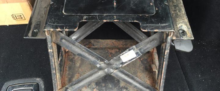Klapp Sitzkonsole W460 Offen